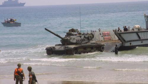 Quand les films américains utilisent le matériel et le personnel de l'armée marocaine