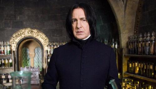 Alan Rickman, incarnant le Professeur Rogue dans la saga Harry Potter est mort