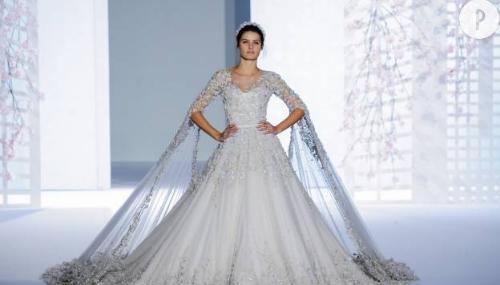 Mariage les plus belles robes de la haute couture for Robes de mariage haut de gamme