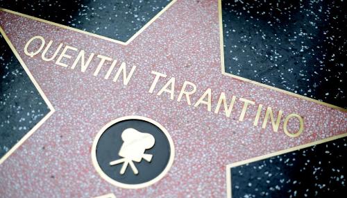 Comment les stars obtiennent-elles leur étoile sur le Walk of Fame ?