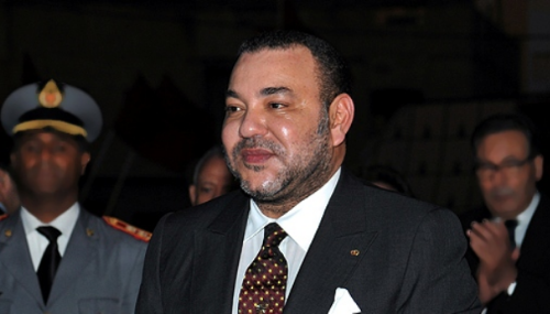 Le Roi Mohammed VI effectue une visite du consulat général du Maroc à Orly