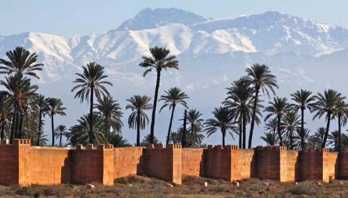 Neiges: plusieurs milliers de kilomètres de routes bloquées au Maroc