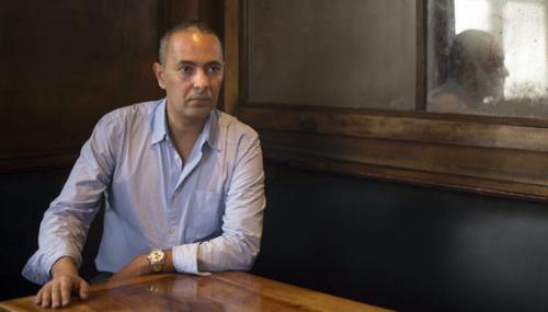 Peut-on critiquer l'écrivain algérien Kamel Daoud?
