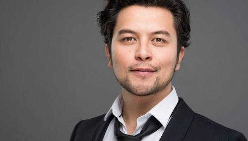 Karim Duval, l'humoriste au parcours atypique
