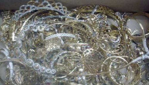 Saisie à Inzegane de bijoux en or et en argent portant de faux poinçons