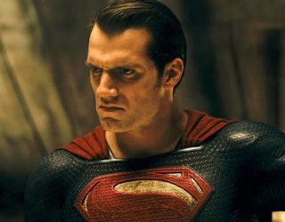 """""""Batman V Superman"""" s'impose en tête du box office"""