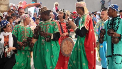 André Azoulay et l'ambassadeur des Etats-Unis au Maroc ont inauguré le festival Gnaoua d'Essaouira