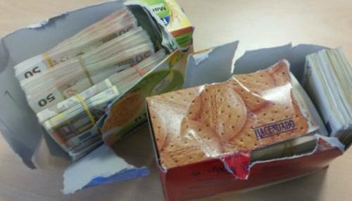 Trois MRE cachent près de 2 millions de dirhams dans des boîtes de biscuits