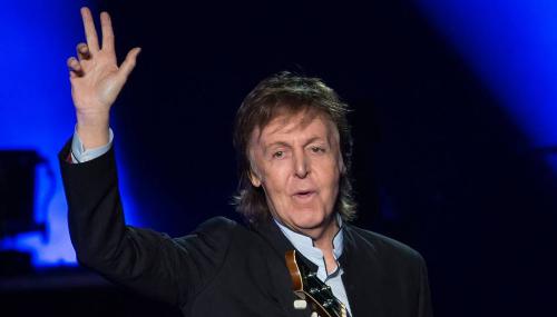 Paul McCartney : À 74 ans, une légende à Paris devant un parterre de stars