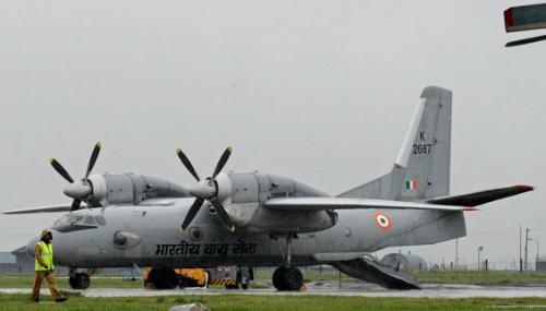 Un avion de l'armée de l'air indienne disparaît avec 29 personnes à bord