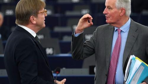 Brexit: Les négociations ne commenceront pas avant «lami-juin», pour la Commission européenne