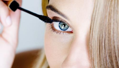 Comment bien mettre du mascara