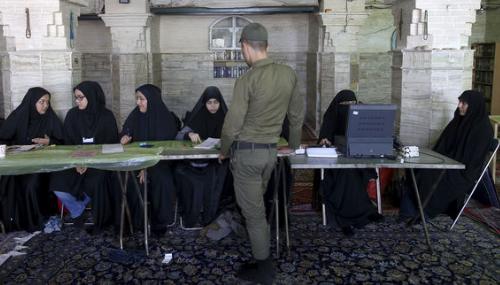 Présidentielle: Les Iraniens ont commencé à voter