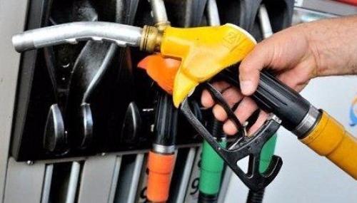 Prix du carburant : Les pétroliers plaident leur cause auprès de Lahcen Daoudi