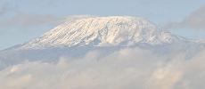 Des footballeuses vont disputer le match le plus haut du monde au Kilimandjaro