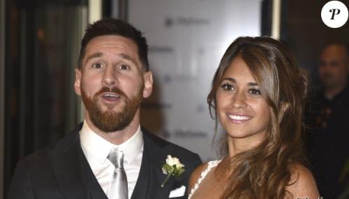 Lionel Messi : Torse nu, il expose un tatouage très inattendu...