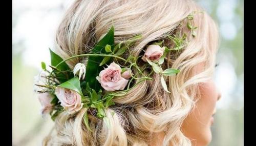 Cinq coiffures de mariage pour cheveux mi-longs