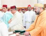 VIDEO-Le roi remet un prix aux majors du programme de lutte contre l'analphabétisme dans les mosqués