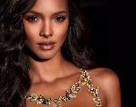 Défilé Victoria's Secret 2017 : Lais Ribeiro, canon en soutien-gorge de luxe