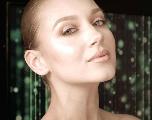 VIDÉO : Soyez sublime pour les fêtes avec ce tutoriel make-up nude !