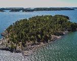 SuperShe, l'île finlandaise qui n'accueille que des femmes pour les vacances