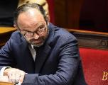 Baisse du chômage en France: le Premier ministre veut plus qu'une
