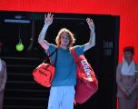 Ce qu'il faut retenir de la journée à l'Open d'Australie : Tsitsipas défiera Nadal, Collins poursuit