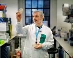 A Londres, des chercheurs testent un vaccin contre le nouveau coronavirus sur des souris