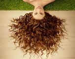 Avoir de beaux cheveux en été, c'est possible !
