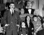 Tim Burton va produire une nouvelle série sur La Famille Addams