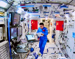 Les astronautes chinois achèvent leur mission record de 3 mois dans l'espace
