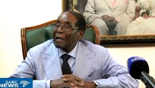 Au Zimbabwe, Mugabe sort du silence et crie au «coup d'Etat» quatre mois après sa chute
