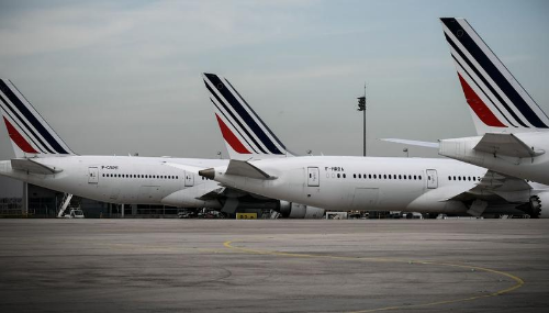 Grève à Air France : 25% des vols annulés mardi