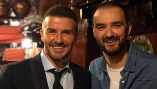 QuandCyril Lignac reçoit David Beckham à la table de son restaurant parisien