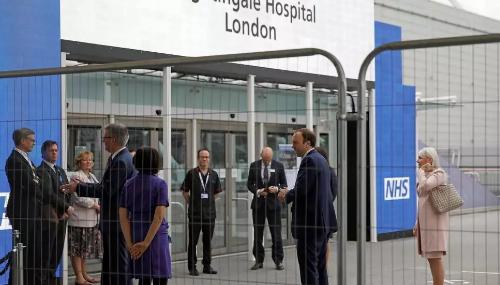 A Londres, un hôpital de campagne géant ouvert en urgence