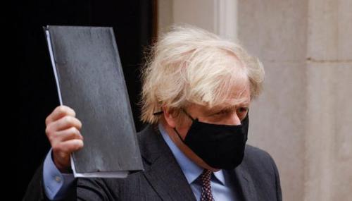 En Angleterre, Boris Johnson trace la voie d'un retour à la normale fin juin