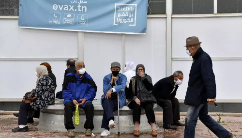 Covid-19 : La Tunisie, au bord de la crise, se reconfine pour la fin du ramadan