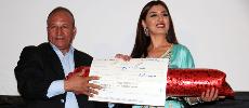 Hommage à l'actrice Meryem Bakouch lors du Festival du cinéma des peuples d'Imouzzer Kandar