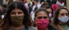 Virus : Le masque obligatoire gagne du terrain en Europe, plus de 700.000 morts dans le monde